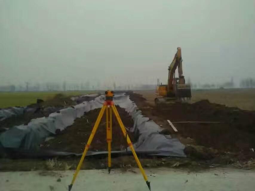 藕池防渗膜正在施工建设